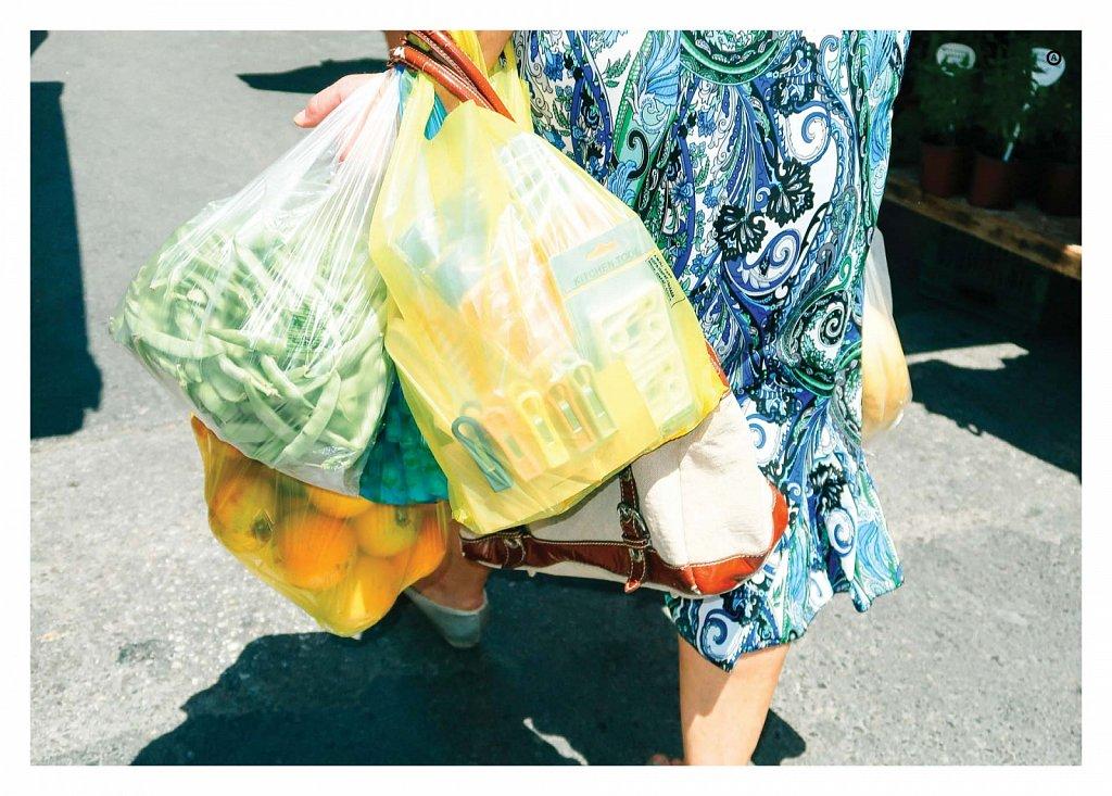 18-08-plastic-bags-04.jpg